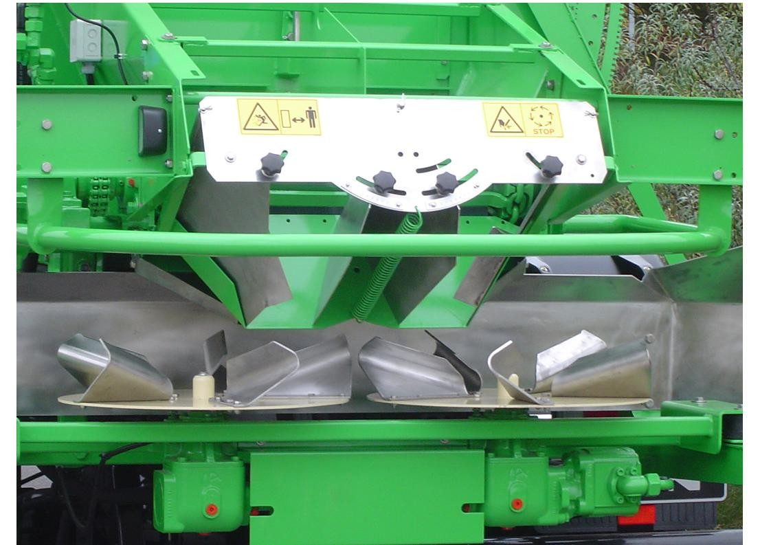 Ryetec Gustrower lime and fertiliser spreader twin disc spreader unit