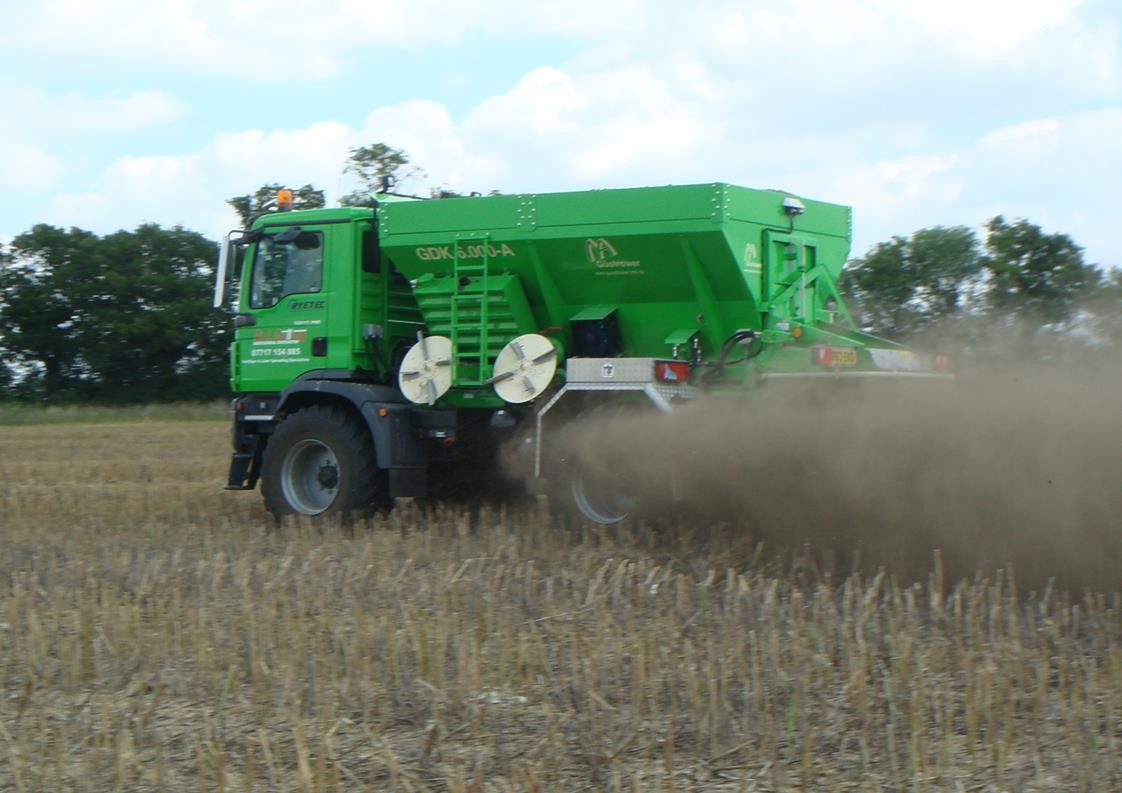 Ryetec ryetrac gustrower truck mounted self propelled lime and fertiliser spreader