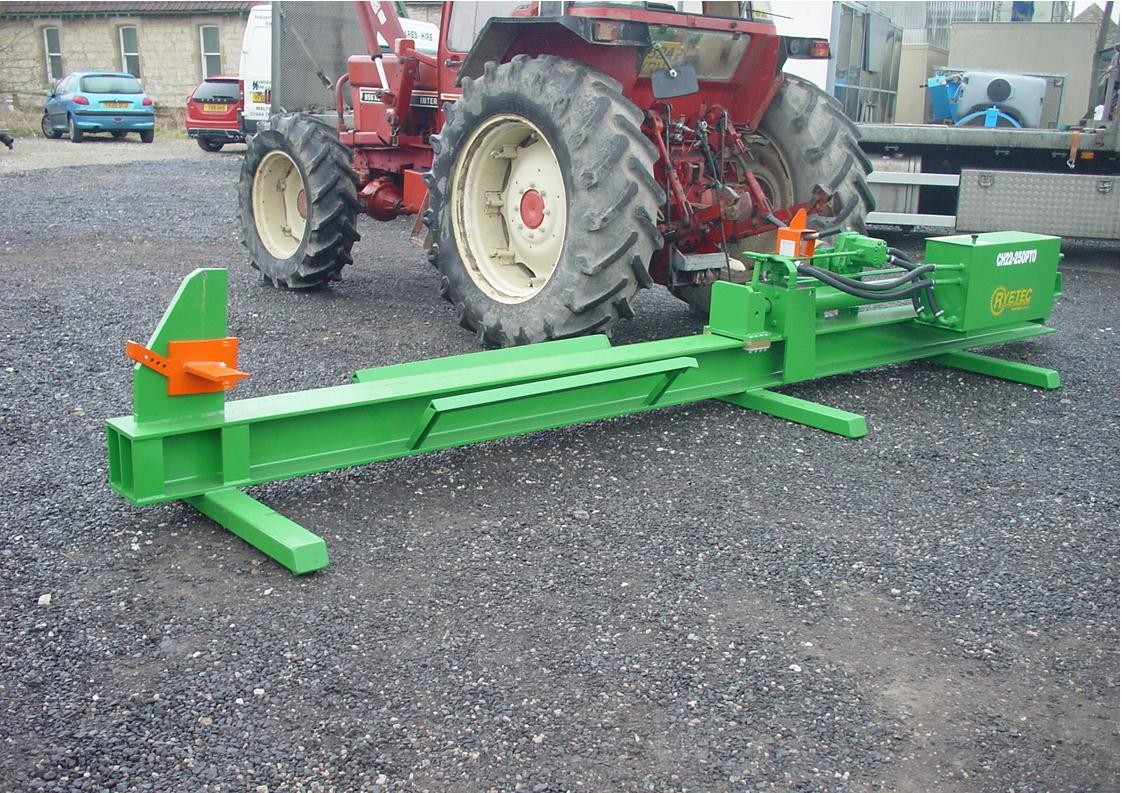 Ryetec heavy duty PTO log splitter for tractor with roof mounted crane
