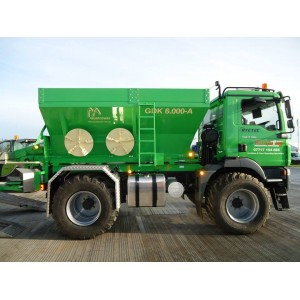 RYETRAC 4 x 4 specialist agricultural tractor
