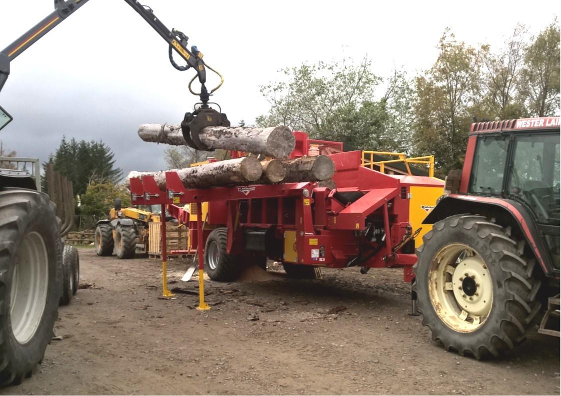 Rabaud 600 high capacity firewood log processor